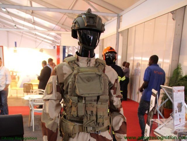 ShieldAfrica 2017 Groupe Marck highlights innovative combat uniform for special force 640 001
