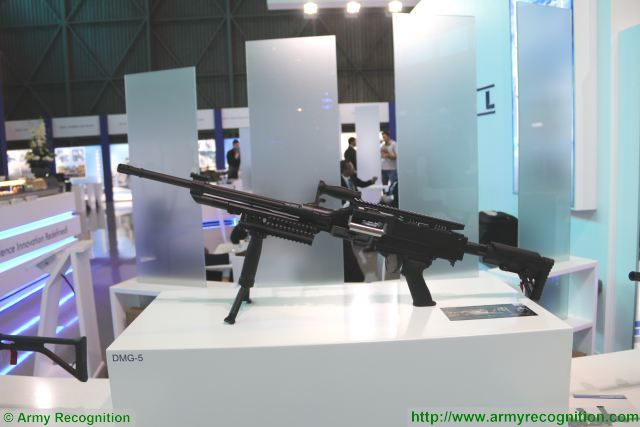 DMG-5 7-62mm machine gun Denel Land Systems AAD 2016 defense exhibition South Africa 001