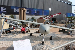 Seeker 400 UAS UAV drone unmanned aerial vehicle system  technical data sheet specifications description information intelligence pictures photos images video  identification Denel South Africa African army defence industry military technology