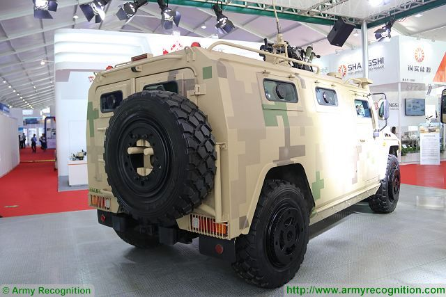 At AirShow China 2016, the Chinese Company Yanjing Auto has presented a full range of new local-made Russian Tigr 4x4 light tactical vehicles produced in China under license. One members of this new family of tactical vehicles is the Protective Assault Vehicle, called by the manufacturer YJ2081C or YJ2080C depending of the motorization.