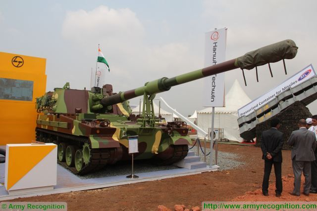 K9 Vajra 155mm tracked self-propelled howitzer Samsung Larsen India Indian army military equipment 640 001