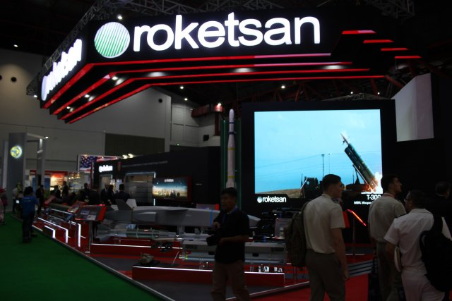 Roketsan isplays its Laser Guided General Purpose Missile so calledCIRIT during Indodefence 2016 002