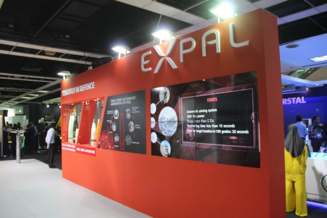 Discover EXPAL s SHEPHERD MIL bird shape aerial reconnaissance device at DSA 2016 640 001