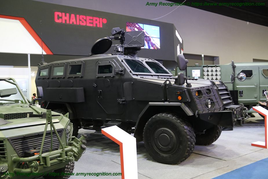Chaiseri from Thailand presents its First Win anti riot vehicle at DSA 2018 925 001