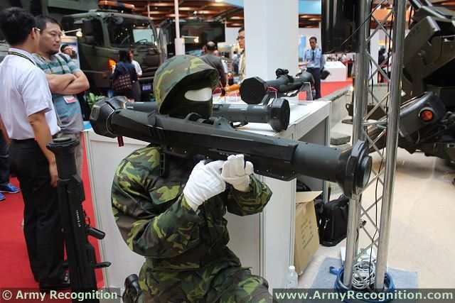 The Chung-Shan Institute of Science and Technology (CSIST) of Taiwan presents at TADTE 2013, the Taipei Aerospace and Defense Technology Exhibition, a new rocket launcher system, the Kestrel. The Tawainese Armed Forces and especially the Marine Corps has requested for a new type of rocket launcher system.