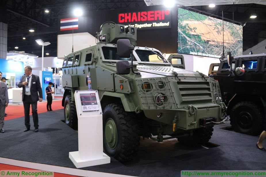 First Win 2 4x4 armoured Chaiseri at Defense and Security Thailand 2017 in Bangkok 925 002