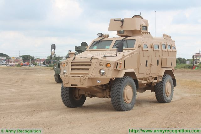 First Win APC 4x4 armoured personnel carrier vehicle Chaiseri Thailand Thai army defense industry 640 001
