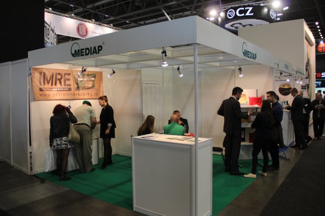 Czech company MEDIAP presents its combat and emergency food rations during IDET 2015 640 001