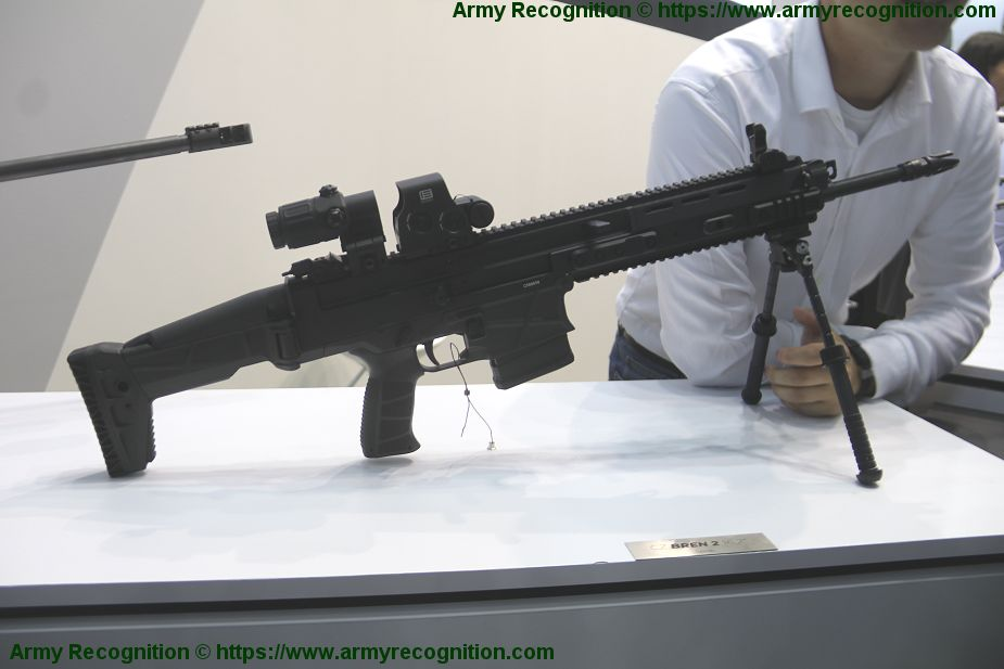Czech Company CZ showcases its BREN 2 BR light battle rifle IDET 2019 defense exhibition 925 001