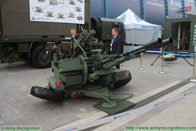 ZUR-23-2SP anti-aircraft mobile 23mm gun GROM  PIORUN MANPADS missile system Poland Polish army defense industry 640 001