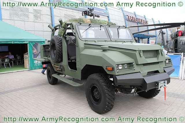 At MSPO 2011, the Polish Defence Company AMZ unveils a new high mobility vehicle for quick reaction unit, the Swistak (Groundhog), which can be used for multirole missions as patrol, protection of convoy, support for Special Forces and more.