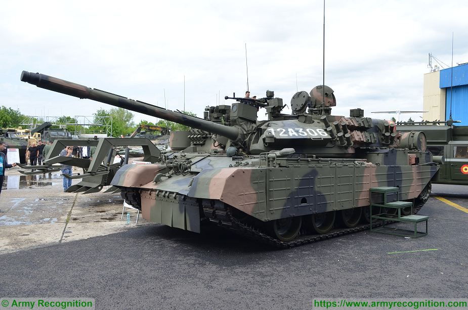 Romanian army armored and combat vehicles at BSDA 2018 defense exhibition TR 85M1 MBT 925 001