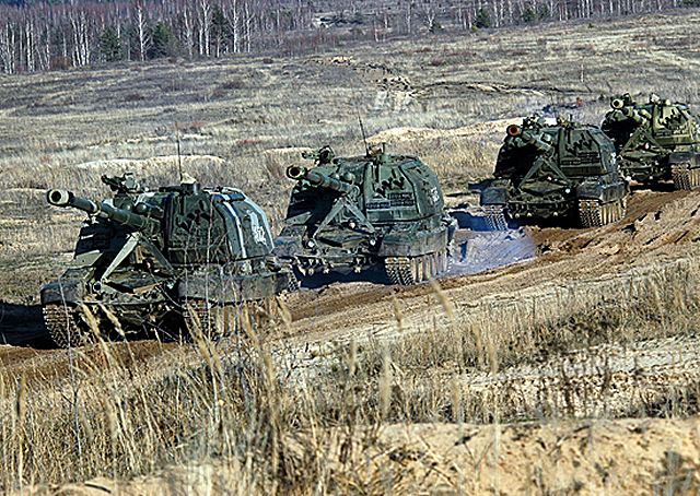 The Russian army units deployed on the territory of the Chechen Republic, continue to receive the latest tracked armoured howitzer 2S19 MSTA-S. For the end of this year, all the artillery units will be equipped with this modern howitzer.