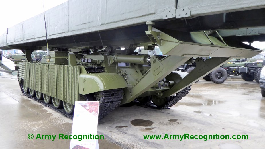 Army 2019 Russian army displays new MTU 2020 bridge layer tank 2