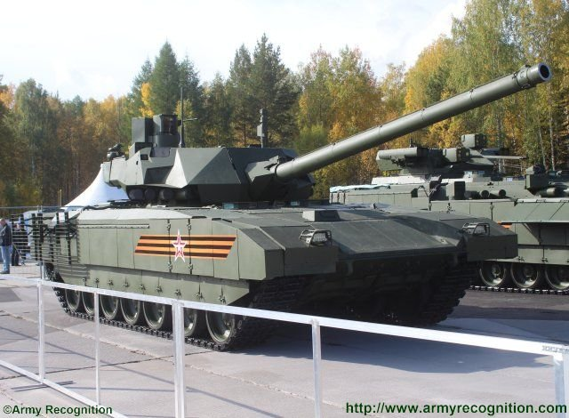 Russia T14 Armata main battle tank makes its public premiere at Russian Arms Expo 2015 640 001