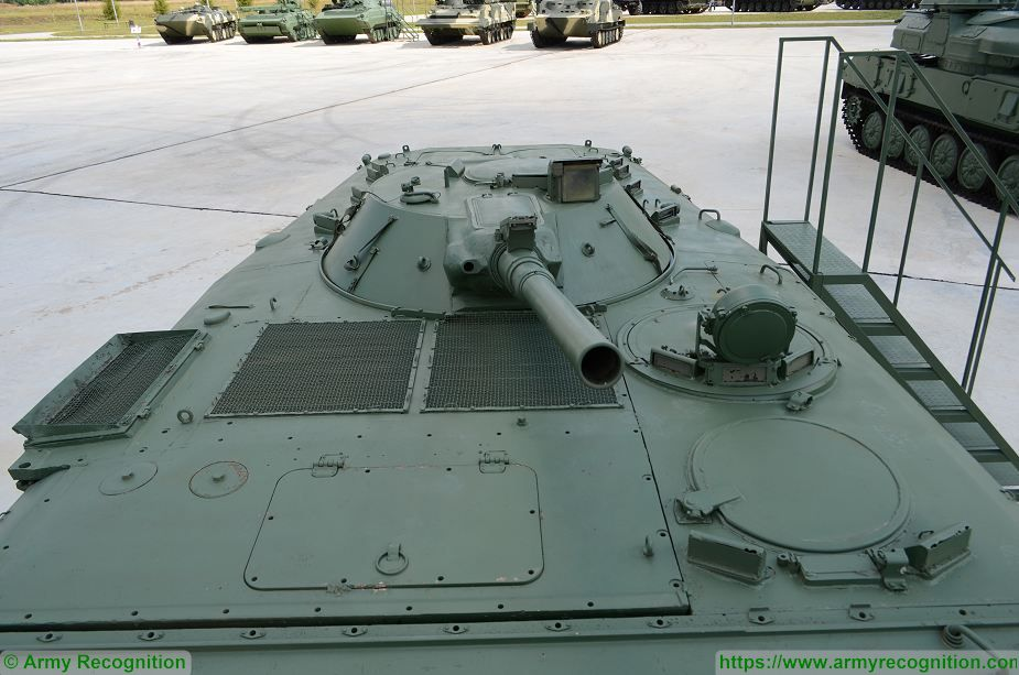 BMP 1 IFV tracked Infantry Fighting Vehicle Russia Russian army defense industry details 002