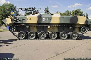 BTR-D airborne armoured vehicle personnel carrier technical data sheet specifications information description pictures photos images video intelligence identification Russia Russian Military army defence industry military technology equipment