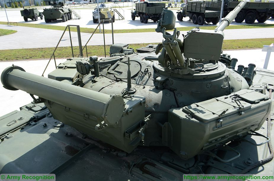 T 72A MBT Main Battle Tank Russia Russian army defense industry military equipment details 925 005