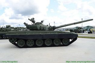 T 72A MBT Main Battle Tank Russia Russian army defense industry military equipment right side view 001