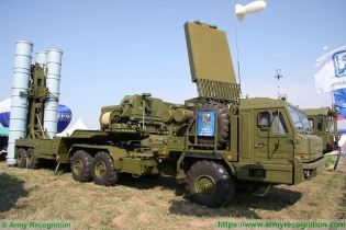 S 400 Triumph triumf 5P85TE2 SA 21 Growler surface to air SAM long range missile defense system Russia Russian amy right side view 002