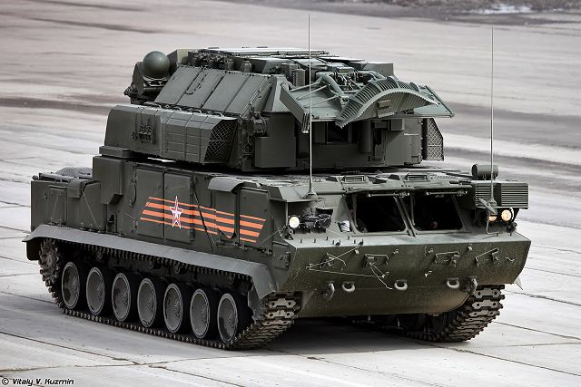 TOR-M2U 9A331 short range SAM Surafce-to-Air defense missile system tracked armoured Russia Russian army 640 001
