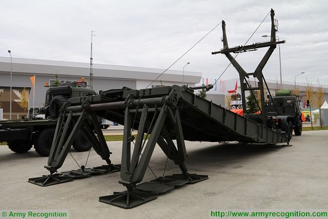 TMM 3M2 heavy mechanized bridge bridgelayer engineer vehicle Russia Russian army military equipmen defense industry 001