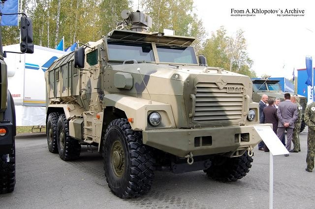 Ural-63095 typhoon multi-purpose 6x6 armoured truck Russia Russian defence industry military technology 640