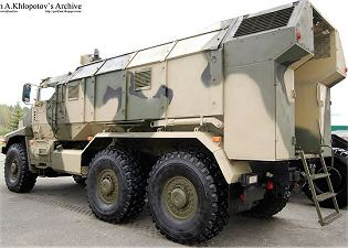 Ural-63095 typhoon multi-purpose 6x6 armoured truck Russia Russian defence industry military technology left side view 001