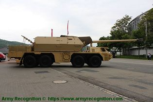 Zuzana 2 155mm 8x8 wheeled self propelled howitzer Slovakia Slovak army defense industry right side view 001