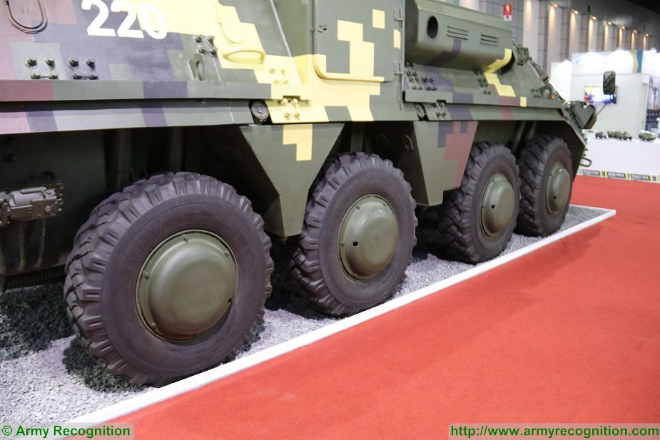BTR 4E APC 8x8 wheeled armoured vehicle personnel carrier UKraine Ukrainian army defense industry details 004