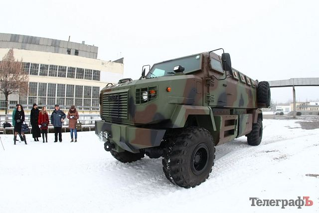 According the website ukraineindustrial.info, the Ukrainian National Guard has taken delivery of five KRAZ Shrek mine resistant ambush protected vehicle. The Shrek is 4x4 armoured vehicle jointly developed by the Ukrainian Company AutoKRaZ and Streit Group from United Arab Emirates.