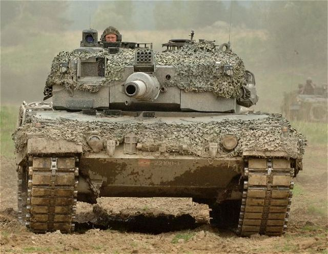 military tanks battlefield - photo #39