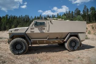 GTP 4x4 SISU modular wheeled armored vehicle APC Finland Finnish defense industry left side view 001