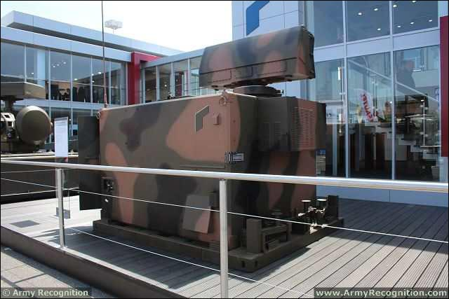 At Eurosatory 2014, Rheinmetall Defence presented tactical acquisition radar for today's air defence systems with the X-TAR3D, a three-dimensional tactical acquisition radar working in X-band and performing the functions of short range search, detection, acquisition, tracking, classification and identification of air targets, in order to supply a three-dimensional local air picture to command and control network.