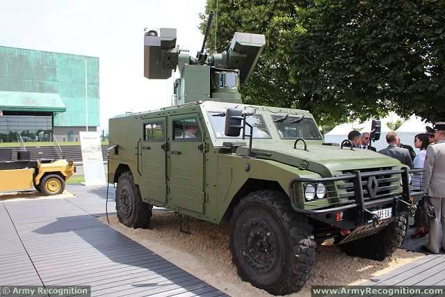 At Eurosatory 2014, the International Defence and Security Exhibition which was held in Paris (France) from the 16 to 20 June 2014, the missile manufacturer MBDA has presented its MMP (Missile Moyenne Portée - Surface-to-Surface Medium Range Missile ) mounted on the MPCV (Multi-Purpose Combat Vehicle).