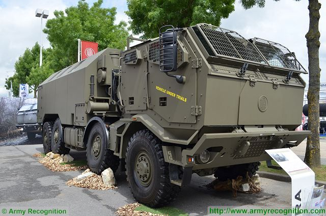 T 815-7T3RC1 8x8 HMHD truck chassis-cab armoured 4 door cab Tatra Eurosatory 2016 defense exhibition France 640 001