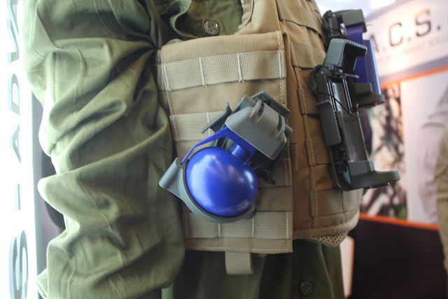 Innovative pouch for hand grenades developed by the Israeli Company ACS Milipol 2015 640 002