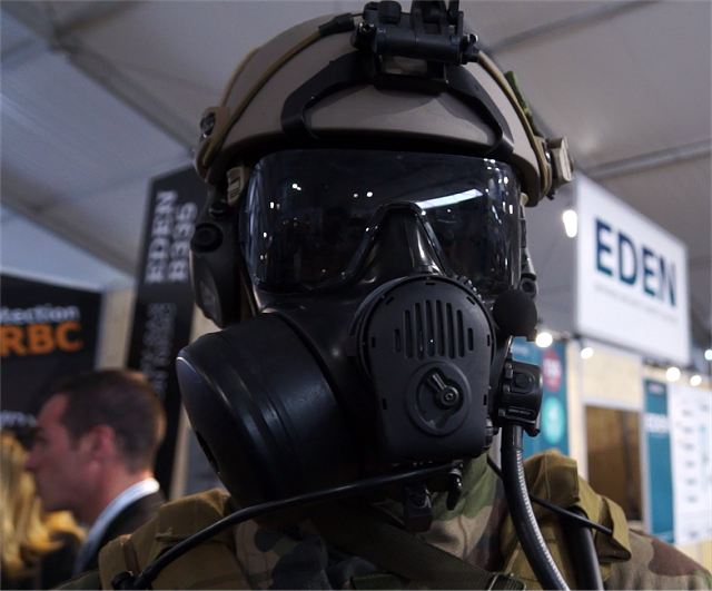 During the Special Forces exhibition SOFINS 2015 (held between April 14 and 16 in France), OUVRY showcased different solutions for CBRN personnal protection equipment dedicated to Special Forces, intervention units or on-board personnel. OUVRY can offer concepts across the full spectrum of CBRN protection.