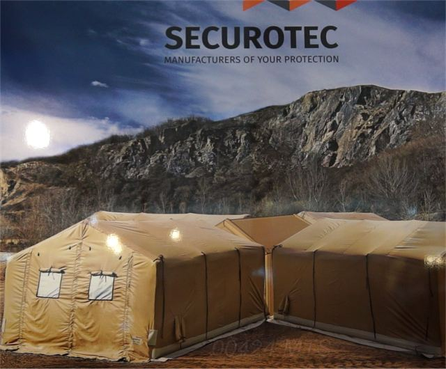 Securotec International presents PILOTE SR 24 new innovation of military medical tent at SOFINS 2015 002