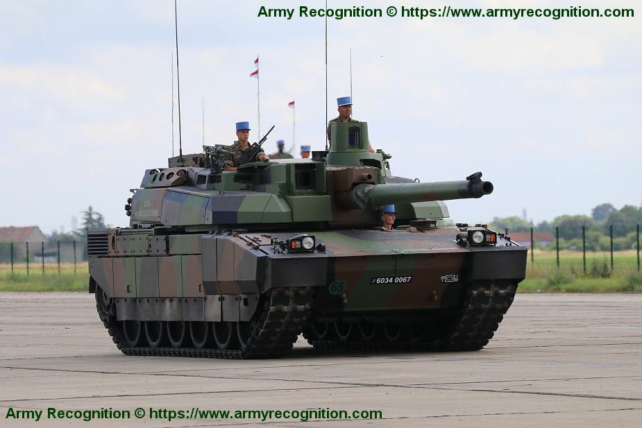 Leclerc main battle tank heavy armoured vehicle France French army Nexter Systems defence industry 925 001
