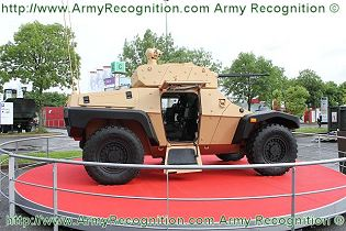 CRAB Panhard Combat Reconnaissance Armored Buggy Survivability High-Mobility vehicle technical data sheet specifications information description intelligence identification pictures photos images video France French Defence Industry army military technology
