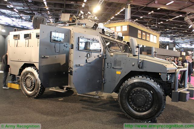 Sherpa XL APC Armoured vehicle personnel carrier Renault Trucks Defense France French defense industry 640 001