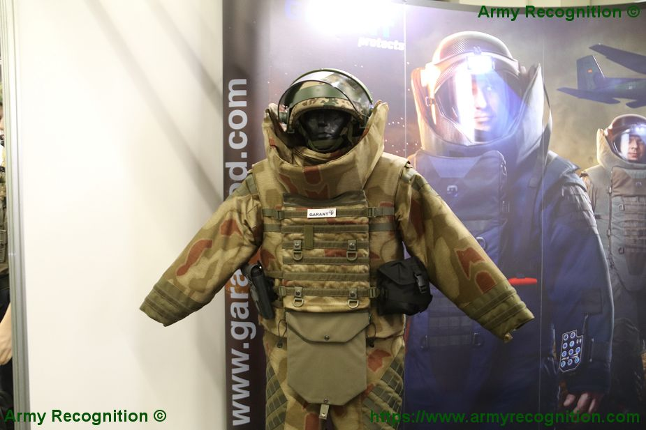 GARANT Protects high technology of bomb suit for EOD IEDD team at Enforce TAC 2018 SSA 2 925 001
