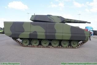 KF41 Lynx IFV tracked armored Infantry Fighting Vehicle Rheinmetall Defence German Germany industry right side view 001
