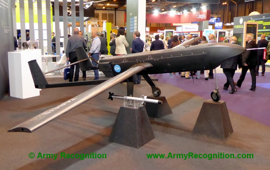 FEINDEF 2019 AERTEC Solutions displays Tarsis remotely piloted aerial systems and flight simulator 1 bis
