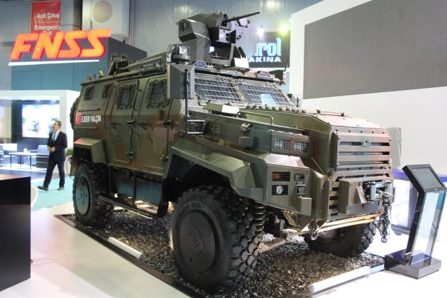 Nurol Makina is showcaing its Ejder Yalçin 4x4 at High Tech Port 2016 in Istanbul 002