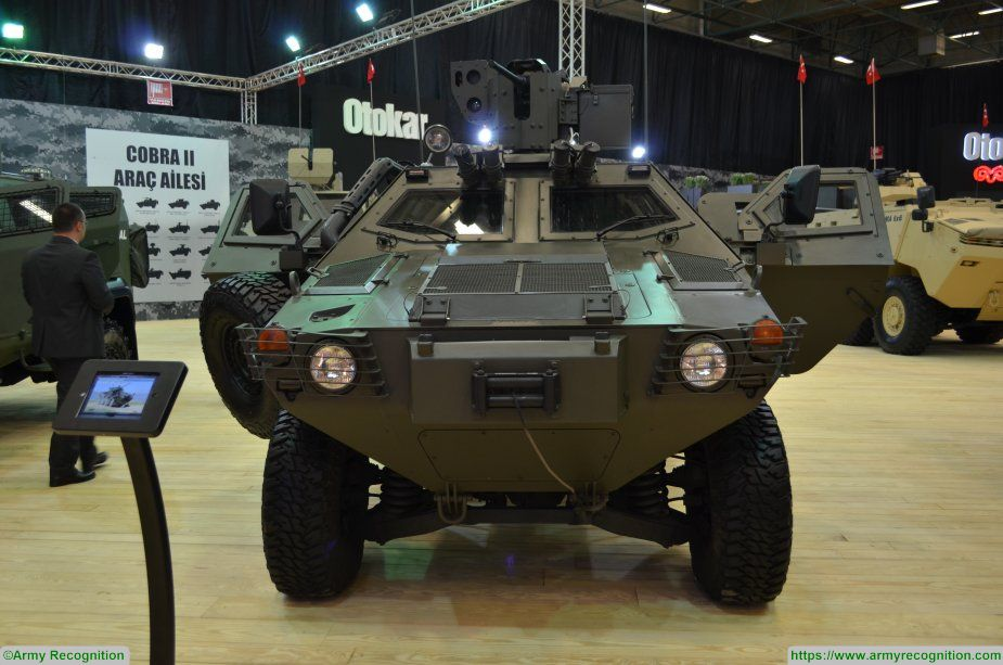 COBRA Otokar IDEF 2017 APC wheeled armoured vehicle personnel carrier Turkey Turkish 925 001