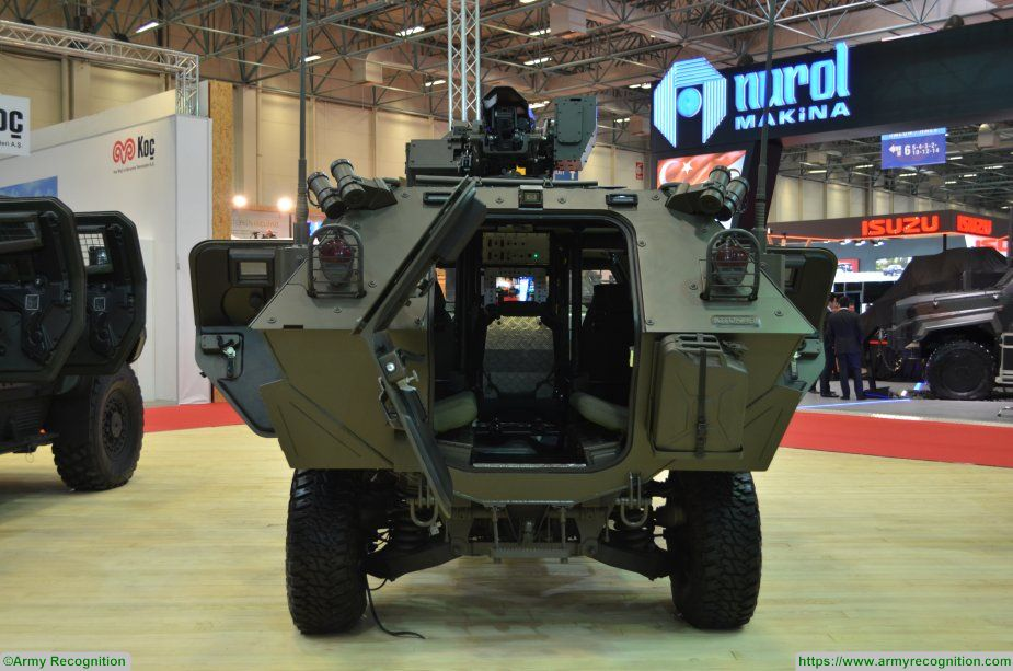 COBRA Otokar IDEF 2017 APC wheeled armoured vehicle personnel carrier Turkey Turkish 925 003