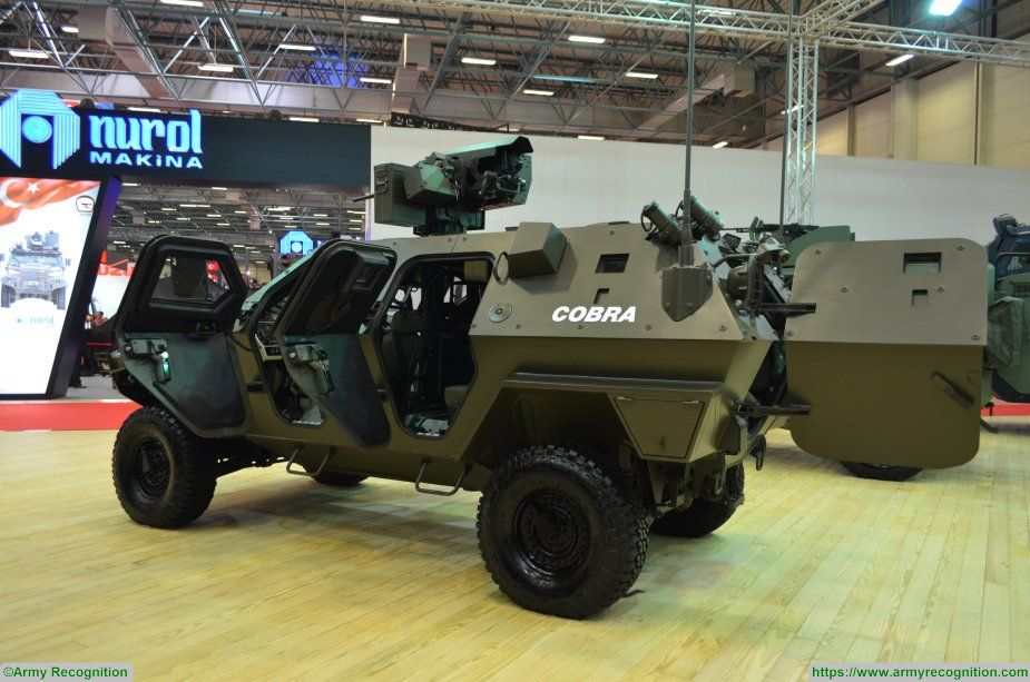 COBRA Otokar IDEF 2017 APC wheeled armoured vehicle personnel carrier Turkey Turkish 925 004