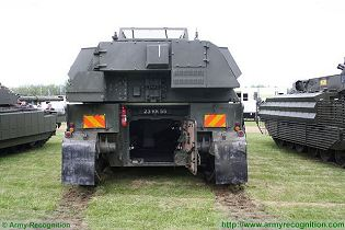 AS90 Braveheart 155mm self-propelled howitzer tracked armored technical data sheet specifications description information intelligence identification pictures photos images personnel carrier BAE Systems United Kingdom British defence industry army military technology